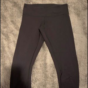 Lululemon leggings (black)